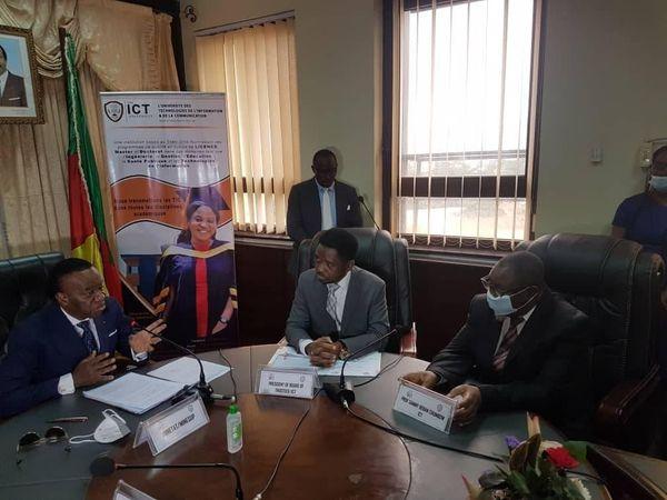 Cérémonie de signature de l'accord de partenariat MINESUP et ICT-University